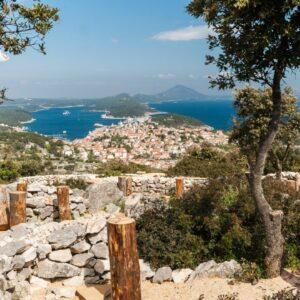 4*-Camping direct aan de kust in Kroatië op het eiland Losinj